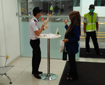 Electronic pre-checking & registration of visitors